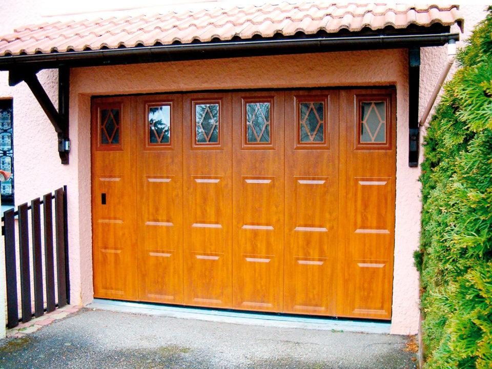Porte de garage style rustique